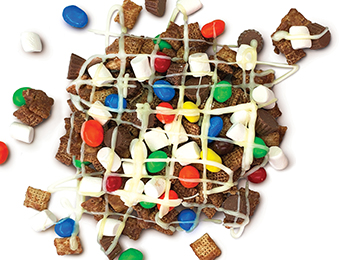 Candy Lovers' Snack Mix